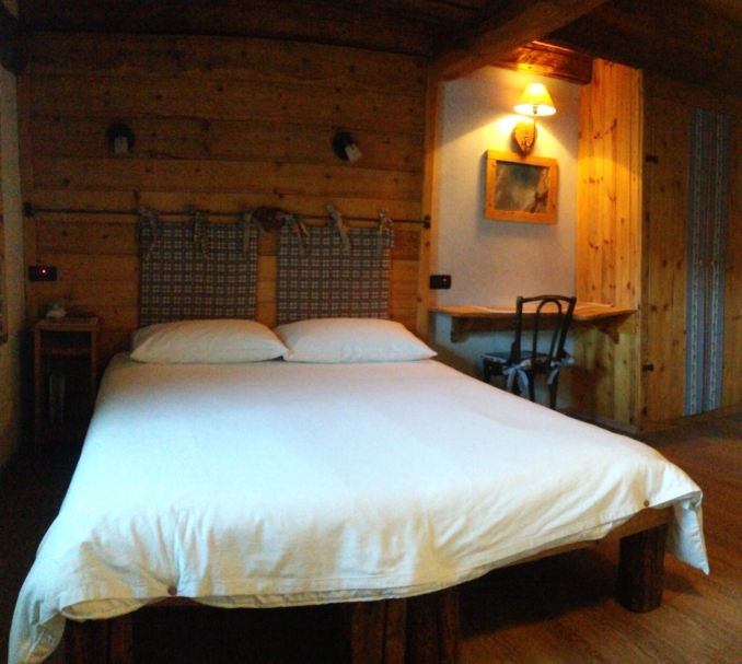 - Bed & Breakfast / Holiday apartment Gran Paradiso